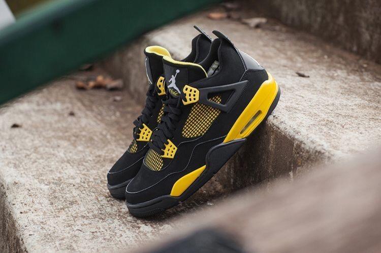"e0fc88a0e5aa59 Buy Air Jordan Retro 4 ""Thunder"" online from fashion box"