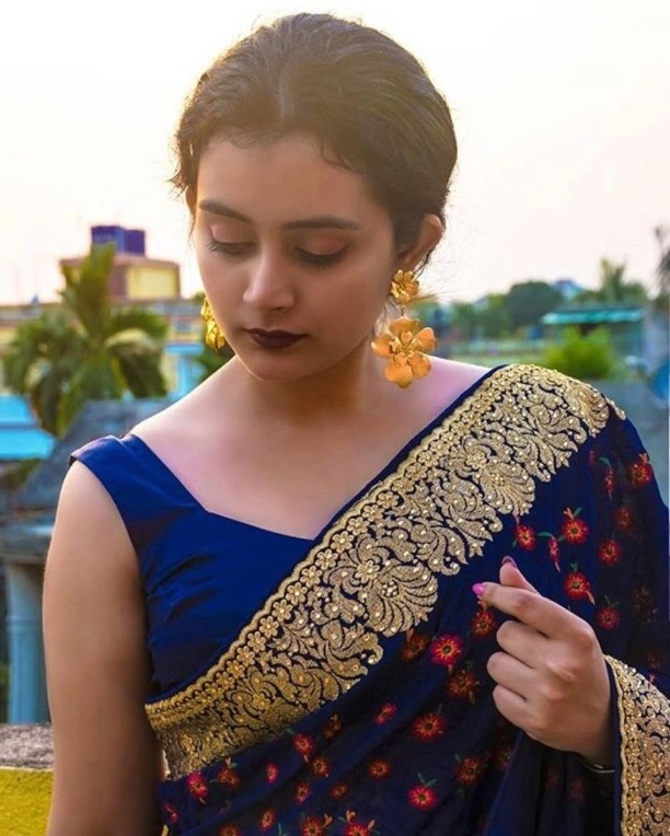 d28af2c5df Buy New Bridal Wear Indian Style Georgette Women Designer Blue Saree Heavy  Embroidered Hand Work Stone Sari 1152 online from Jio Ethnic