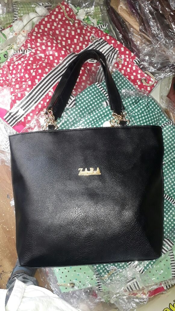 30e234870f05 Buy Ledis hand bag parse online from housefry.in