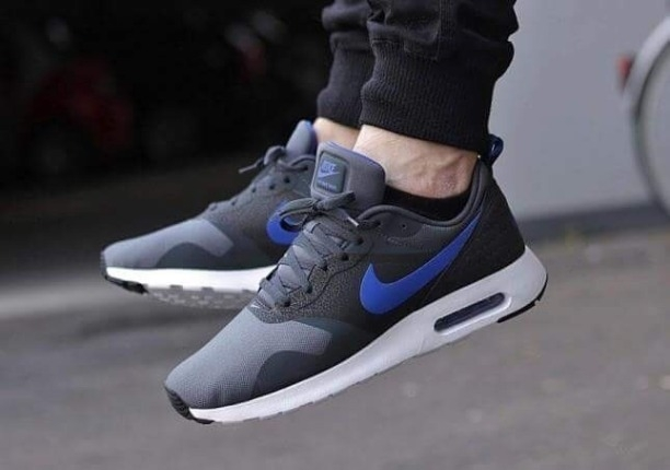 8cc6f03e11a Buy Nike✓Tavas Black Blue online from Shoetrendz