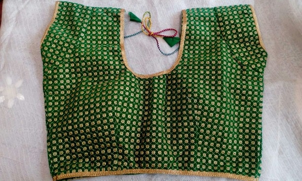 37813a6ce473ea Buy Readymade Designer Green dots blouse online from Vetri's Fashions